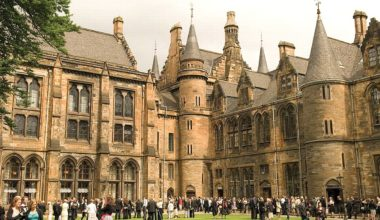 Wheatley Foundation Bursary at University of Glasgow