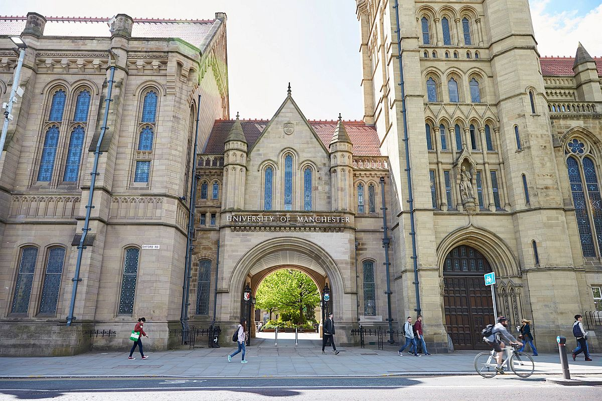Masters Scholarships at University of Manchester