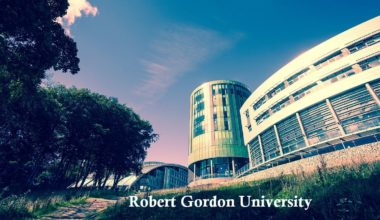 Financial Award at Robert Gordon University