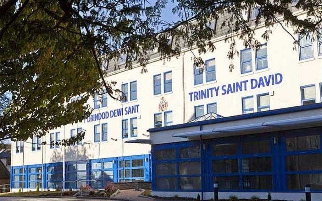 Welsh-Medium/Bilingual Scholarship at University of Wales Trinity Saint David